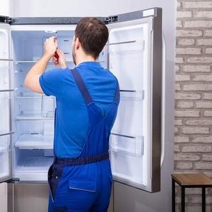 Мастер по ремонту холодильников с выездом на дом в Иркутске