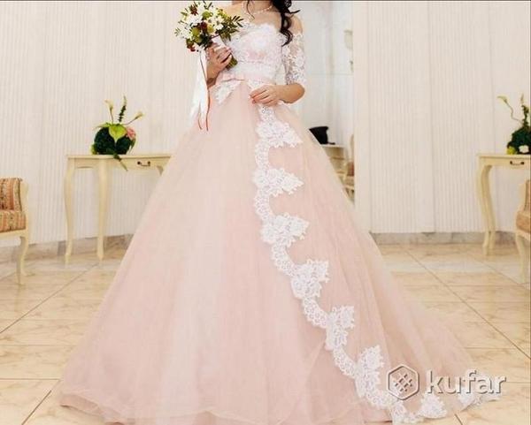 Свадебное платье  42 44 46 торг есть  2