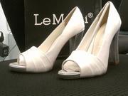Продаю туфли новые,  размер 37
